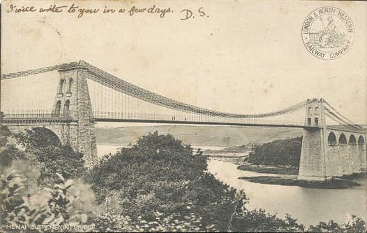 le premier pont suspendu