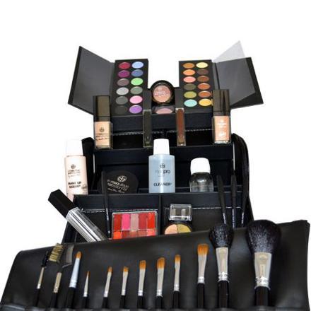 mallette de maquillage complete