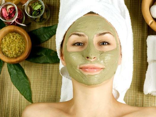 masque avec argile verte