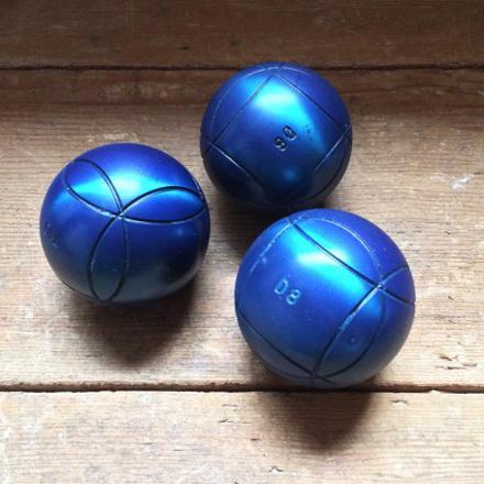 petanque boule bleue