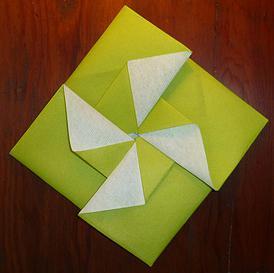 pliage de serviette en papier facile